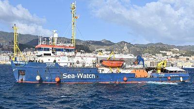 Avvistata anche altra imbarcazione in difficoltà con 70 a bordo