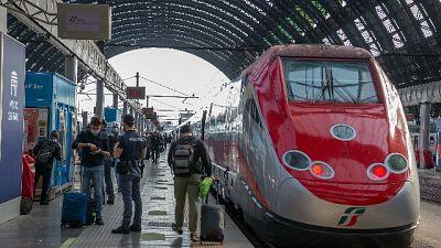 Sotto choc dipendente Trenitalia, denunciata viaggiatrice