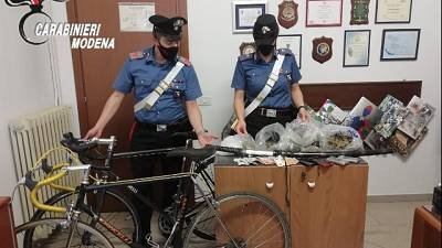 Due minorenni arrestati a Modena dai carabinieri