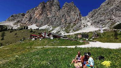 Decolla la stagione sulle Dolomiti, 107 impianti risalita aperti