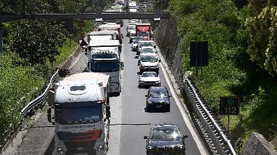 Eseguita da Dia Reggio C. Ditta fa lavori edili e stradali