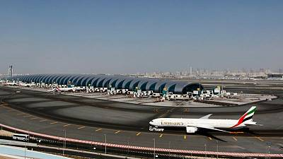 طيران الإمارات تسمح لبعض المسافرين من الإمارات بتقديم سجلات كورونا عبر الإنترنت