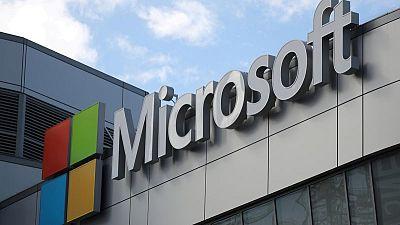 Ventas de Microsoft crecen gracias a fortaleza de la nube, pero sus acciones caen
