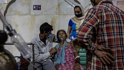 Camas COVID de Delhi reservadas para jueces, enfureciendo a una ciudad que se queda sin oxígeno