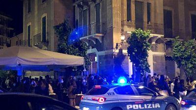 Polizia notifica misura 8 persone protagoniste episodio 4 luglio