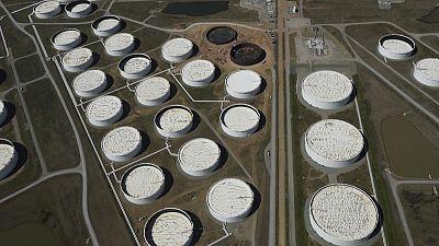 مصادر: بيانات معهد البترول تظهر زيادة في مخزونات النفط  الأمريكية وهبوطا في مخزونات البنزين