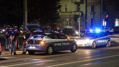 A colpi d'arma da fuoco a Milano