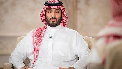 ولي العهد السعودي يقول إنه سيحقق المزيد من المركزية في صنع السياسات