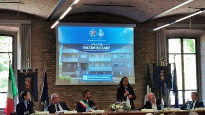 Ministro a Sorbolo per la consegna al Comune di beni confiscati