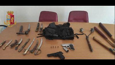 Arresto Ps a Napoli per detenzione abusiva armi e ricettazione