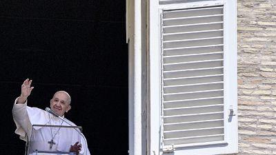 Calabrese, 41 anni,diplomatico vaticano,affiancherà don Aemilius