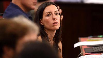 "Anita Pirovano su Facebook, ""mi indigno se va a parlamentari'"
