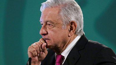 Mexico president blasts telecoms firms over roadblocks to registry