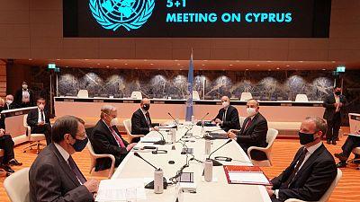 القبارصة الأتراك يقترحون حل الدولتين في محادثات دولية واليونانيون يرفضون