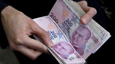 الليرة التركية مستقرة وسط تكهنات برفع البنك المركزي توقعات التضخم