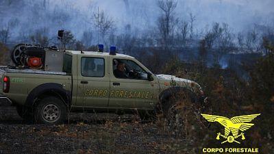 Oltre 60 ettari in fumo, riaperta la Statale 125