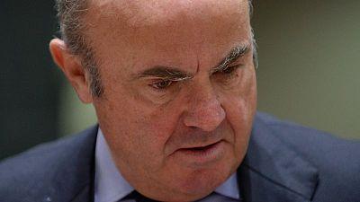 El BCE debe extremar la precaución en la retirada de los estímulos -De Guindos
