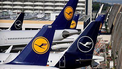 Lufthansa recorta sus perspectivas de vuelos por la ralentización de la recuperación
