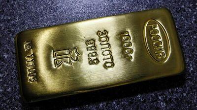 Demanda mundial de oro cae a mínimos de 13 años, ya que China compra pero inversores venden: WGC