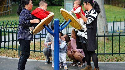 China busca sofocar especulaciones sobre descenso en cifra de población