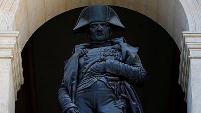 قبل وفاته في المنفى.. نابليون حارب معركته الأخيرة لإنقاذ إرثه