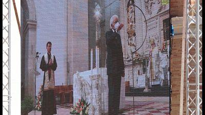 Vescovo, benedizione per i 5 continenti,una sola grande famiglia