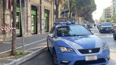 Pacchi sospetti davanti a Tribunale,Caserma Cc, Camera Commercio