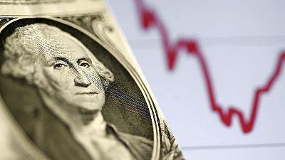 FOREX-Dólar reacciona apenas al dato PIB de EEUU y sigue cerca de mínimos de 9 semanas