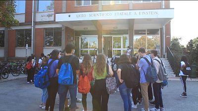 Al liceo Einstein disposti ingressi diversificati per alunni