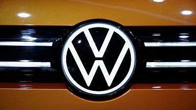Volkswagen plans renewable investments in CO2 reduction push