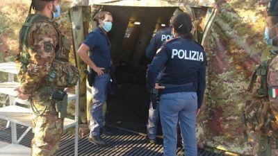 Operazione Polizia frontiera Trieste e Esercito.Afgani,bengalesi