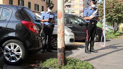 Vicino a Roma, paura tra i bagnanti. Vittima ha precedenti droga
