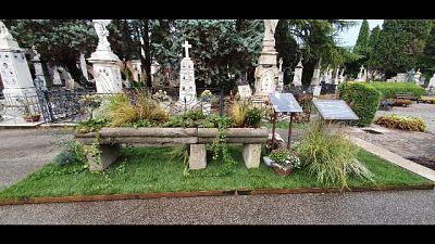 Al cimitero monumentale a poco più di un mese dalla scomparsa