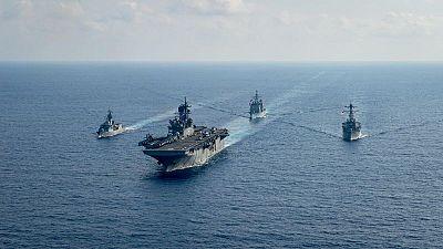 China insta a EEUU a restringir las fuerzas de primera línea en mares cercanos