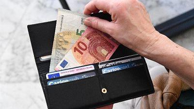 Settantacinquenne a processo a Varese,avrebbe preso 370mila euro