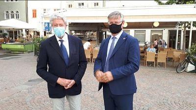 Si sfidano il sindaco uscente Caramaschi e Zanin (centrodestra)