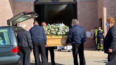 I funerali a Uri (Sassari) tra lo strazio dei genitori