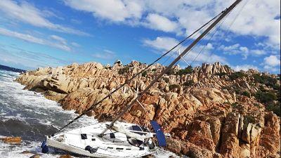 Operazione guardia costiera, turisti sottoposti a tamponi