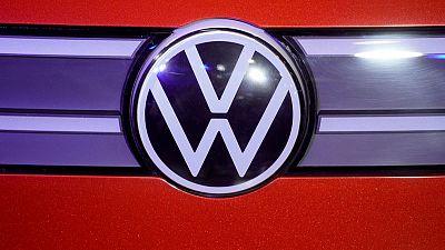 Volkswagen dice que diseñará chips para vehículos de conducción autónoma