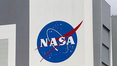 NASA tells SpaceX to halt lunar lander work pending contract challenges