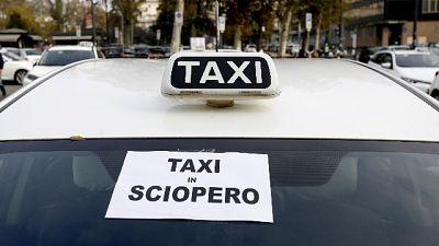 'Circolano solo vetture per servizi sociali'