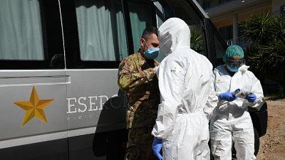 Contagi in calo ma 13 vittime, a Sassari numeri da zona rossa