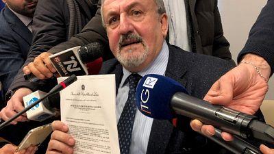 'Si discute sospensione ordinanza Regione stop lezioni presenza'