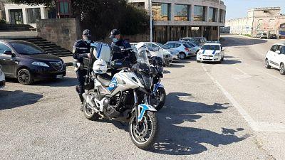 Per sette ragazzi scatta sanzione da 400 euro