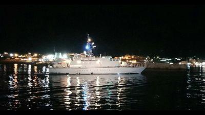 Guardia di finanza recupera naufraghi, non vi sarebbero dispersi