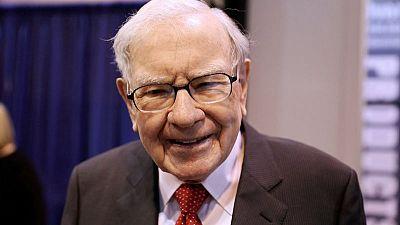 Warren Buffett touts U.S. economy's unexpected strength as Berkshire rebounds
