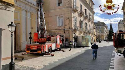 Superlavoro dei Vigili del Fuoco nel Casertano, 100 interventi
