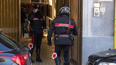 L'aggressione a Milano; figlia in condizioni stabili