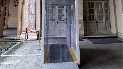 Speciale macchina installata a ingresso Palazzo Lascaris
