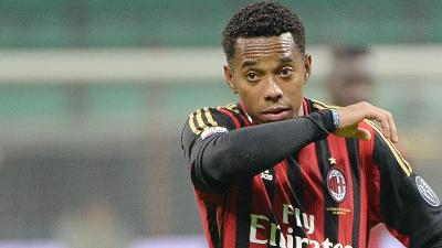 Per stupro di gruppo nel 2013, attaccante giocava nel Milan